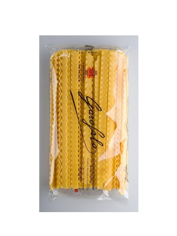 ιταλικά ζυμαρικά δαντελωτά σε διάφανη συσκευασία