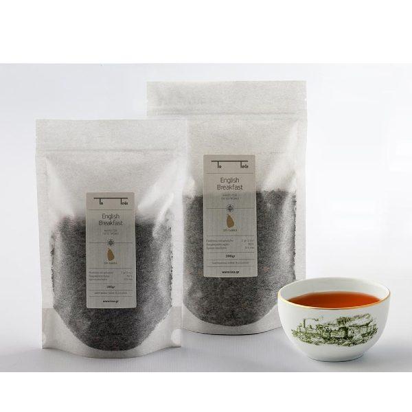 μαύρο τσάι σε διάφανη συσκευασία