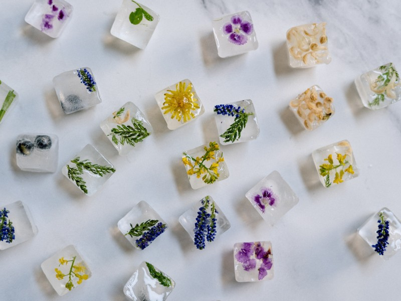 λουλουδένια παγάκια με διάφορα άνθη